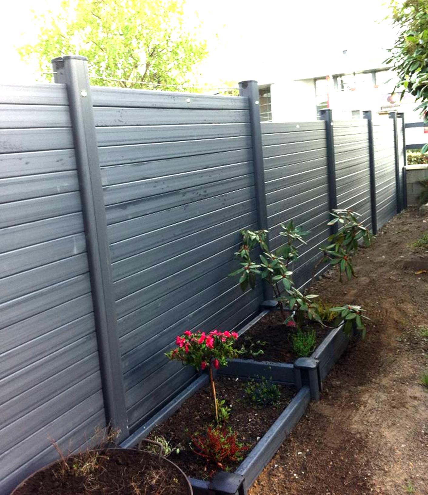 Barrieres et palissades pvc for Barriere de jardin pvc