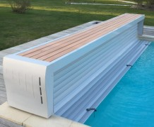 Banc de piscine